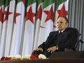 Prezident Buteflika je v Alžírsku minulosťou: Svet reaguje na jeho odstúpenie