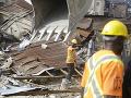 FOTO Tragický pád budovy v Lagose: Úrady potvrdili 20 obetí, prevažne detí