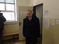 Exprezident Schuster odovzdal svoj hlas: FOTO Musel som vstať z mŕtvych, aby som prišiel voliť