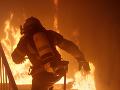 PRÁVE TERAZ Hasiči zasahujú v obci Horný Vadičov: V plameňoch skončil rodinný dom