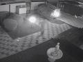 Dramatické VIDEO zo Šale: Muž sa vracal domov, pri dverách naňho zaútočili zlodeji