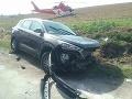 Vážna dopravná nehoda pri Trnave: FOTO Hrozivá zrážka, zasahuje vrtuľník