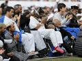 V Christchurchi pochovali 26 obetí útoku: FOTO Na hromadný pohreb prišli tisíce ľudí