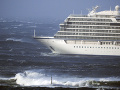 Výletná loď Viking Sky vyslala signál Mayday