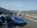 Pri nehode na ceste