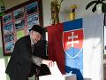 Vo volebnej miestnosti v obci Hájske v okrese Šaľa odovzdal v druhom kole prezidentských volieb 30. marca 2019 svoj hlas aj 100-ročný Jozef Nétry.