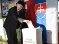 Vek nie je prekážkou: V Hájskom prišiel k volebnej urne aj Jozef (100)