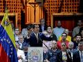 Horký koniec opozičného lídra visí vo vzduchu: Desiatky ciest bez povolenia a škodenie ľudu