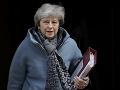 Mayová chce odstúpiť z úradu, nesúhlasí s brexitom: Má tak urobiť v najbližších dňoch