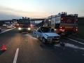 FOTO Vážna nehoda pri Rimavskej Sobote: Kolízia dvoch áut si vyžiadala ťažko zranených