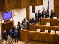 Na poslancov čaká 150 bodov: Voliť budú aj kandidátov na ústavných sudcov