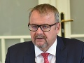 Zmeny na úrade vlády v Česku: Minister dopravy Ťok končí, ďalšia ministerka je v ohrození