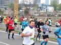 Milovníci behu si prišli na svoje: FOTO Bratislavského maratónu sa zúčastnili tisíce ľudí