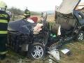PRÁVE TERAZ Hrozné FOTO z nehody pri Zvolene: Auto vrazilo do stromu, vodička (†58) neprežila