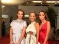 Erika Barkolová vzala na galavečer svoje krásne dcéry.