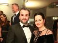 Vlado Kobielsky s manželkou sa tešia z jeho víťazstva v kategórii herec.