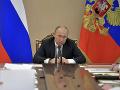 Status quo z čias studenej vojny: Rusko a NATO ukončili všetku spoluprácu