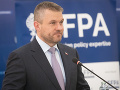 Premiér Pellegrini nevylúčil, že by sa mohol uchádzať o post volebného lídra Smeru