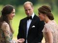 Princ William mal byť svojej žene neverný s rodinnou priateľkou Sarah Rose Hanbury.