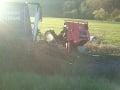 Čelná zrážka auta s kamiónom si vyžiadala jednu obeť.
