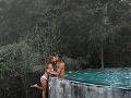 Milenci zverejnili FOTO z exotickej dovolenky: Obrovská vlna kritiky, pozrite a pochopíte prečo