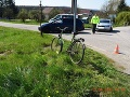 Pod dopravnú nehodu v obci Svinná sa podpísal alkohol.