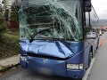 Nehoda slovenského autobusu v Budapešti: Náraz do stĺpa si vyžiadal zranených
