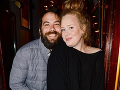 Adele a jej manžel.