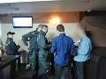 Policajná razia v senických kluboch: FOTO Muž hľadaný Interpolom skončil v putách, hrozné zistenie