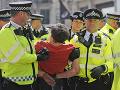 Britská polícia zatkla už vyše 750 účastníkov klimatických protestov, ktoré prebiehajú v Londýne.