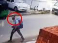 Strojca hrôzy na Srí Lanke: VIDEO Minúty pred hororom, kamery zachytili príchod atentátnika