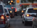 PRÁVE TERAZ Spomalená premávka v Bratislave a okolí, zdržíte sa 10 až 15 minút
