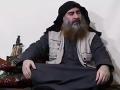 Rusko tvrdilo, že je mŕtvy, všetko je inak: Vodca Daeš sa objavil na VIDEU, hrozí pomstou