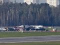 Dráma na pražskom letisku: Zrazili sa dve lietadlá, na mieste zasahovali hasiči