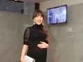 Speváčka Suzie Hroncová predviedla tehotenské bruško. Už o pár dní sa z nej stane mama.