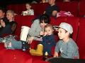Rozkošná Emka si návštevu kina užívala.