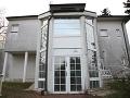 Smutný pohľad na sídlo slovenskej hlavy štátu: FOTO Prezidentskú vilu požiera hrdza a pleseň