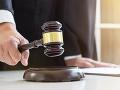 Maďarský súd rozhodol, obvinení