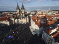 Praha na nohách: Za odvolanie ministerky Benešovej opäť demonštrovali tisíce ľudí