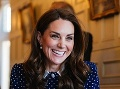 Vojvodkyňa pustila fotografov pod sukňu: Kate, ty vieš prekvapiť!