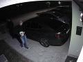 Pokus o krádež auta v Senci.