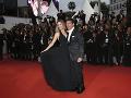 Antonio Banderas so svojou sympatickou partnerkou.