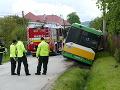 FOTO Nehoda autobusu v Žiline: V nemocnici museli ošetriť 12 ľudí