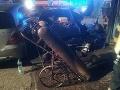 FOTO V Piešťanoch v noci horelo v autoservise, škoda za desaťtisíce eur