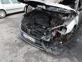 FOTO Oheň poškodil dve autá: Škody sú obrovské, polícia nevylúčila cudzie zavinenie