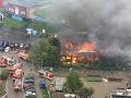 Požiar neďaleko štadióna na Pasienkoch.