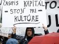 FOTO Ministerka Laššáková je pod tlakom: Odstúpte, vyzvali umelci šéfku rezortu kultúry