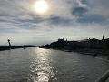 Na viacerých územiach Slovenska je krásne slnečné počasie. Práve preto sa očakáva, že mnohí občania pôjdu voliť až vo večerných hodinách.