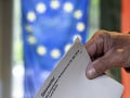 Eurovoľby ukázali jasný trend: Mladí ľudia chcú úniu zachovať, prišlo ich výrazne viac