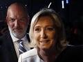 Le Penová blízko veľkého triumfu: Macron na kolenách, prvé čísla hovoria jasnou rečou